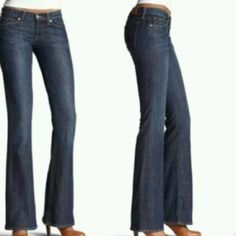 """Lucky Brand ZOE Boot Jeans First pic of model wearing this style of Jeans. Last 3 pics are of actual item/color. jeans are made of 99% Cotton and 1% Spandex. Medium Wash. Size 00/24. Inseam """"30. Rise """"6.5. Length """"37. Laying flat """"12. This item is in Good condition, Authentic and from a Smoke And Pet free home. All Offers through the offer button ONLY. I Will not negotiate Price in the comment section. Thank You😃 Lucky Brand Jeans Boot Cut"""