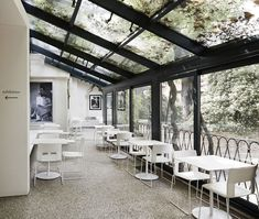 A redesign project by Hangar Design Group, inserted in a unique museum context such as Peggy Guggenheim's home. Restaurant Interior Design, Cafe Interior, Interior And Exterior, Peggy Guggenheim, Commercial Design, Commercial Interiors, Café Restaurant, Layout, A Boutique