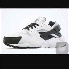 shoes huarache black and white nike