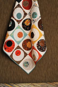 lovely circle quilt - pattern by For the Love Designs