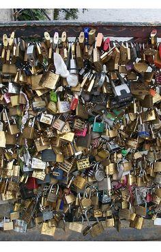 Lock and Key by Hazel21 (Paris, France)