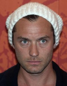 Ditch the hat.too dorky for you! Jude Law, Young Pope, Hey Jude, Ex Wives, May 1, Drawing People, Perfect Man, Actors & Actresses, Celebrities