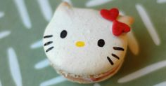 When I saw this post on these adorable lemon-shaped macarons from 6 Bittersweets, I immediately got the idea to make Hello Kitty macaron...