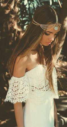 Image via We Heart It https://weheartit.com/entry/156038029 #fashion #girl #hair #hipster #long #outfits #starbucks #summer #tumblr #winter