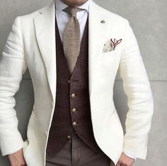 Nice combo. #SS17 #Elegance #Fashion #Menfashion #Menstyle #Luxury #Dapper #Class #Sartorial #Style #Lookcool #Trendy #Bespoke #Dandy #Classy #Awesome #Amazing #Tailoring #Stylishmen #Gentlemanstyle #Gent #Outfit #TimelessElegance #Charming #Apparel #Clothing #Elegant #Instafashion