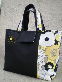 Black linen handbag | Flickr - Photo Sharing!