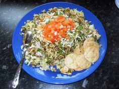 Bhel puri from Cook In A Curry Curry Recipes, Fried Rice, Fries, Appetizers, Snacks, Cooking, Ethnic Recipes, Food, Kitchens