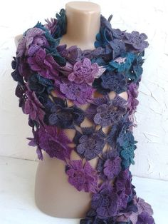 Hey, I found this really awesome Etsy listing at https://www.etsy.com/listing/474557069/volumetric-accessory-shawl-flowers