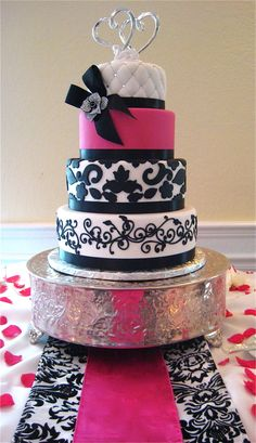 Anna Cakes hot pink and damask 4 tier www.annacakes.com
