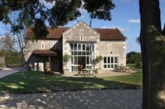 The Old Granary - Sleeps 12- Bradford on Avon near Bath Wiltshire - self catering in South of England. The Hen House - fabulous hen party accommodation and amazing wedding venues. http://www.henpartyvenues.co.uk/cottage/wil3804/Bradford-on-Avon-near-Bath/The-Old-Granary/