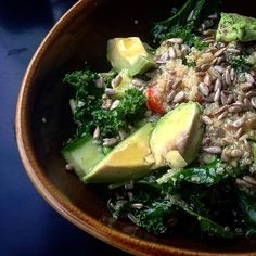 Simple, healthy and quick! Quinoa salad! #quinoasalad #quinoa #kale #avocado #cherriestomatoes #seeds #sunflowerseeds #salad #oliveoil #nutrition #healthy #healhtyfood #simple #quick #protein #lunch #foodblogger #lifestyle #london #zestandlavender
