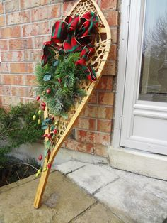 decorating snowshoes for christmas photos | typical Christmas snowshoe with real-looking winter greenery and ...