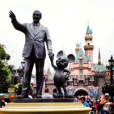 Disneyland                                              Anaheim, California. TIME TO TAKE A TRIP