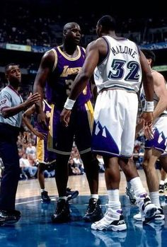 Shaq and Karl Malone square off during a playoff game in Utah. Nba Basketball, I Love Basketball, Basketball Pictures, Basketball Legends, Karl Malone, Diesel, Basket Nba, Shaquille O'neal, Nba Stars