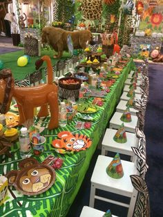 Jungle Safari Birthday Party Ideas Photo 9 of 16 Catch Safari Party, Safari Theme Birthday, Jungle Theme Parties, Safari Birthday Party, Animal Birthday, 2nd Birthday Parties, Jungle Party, Birthday Ideas, Party Animals