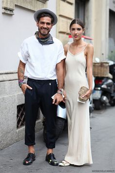 Giotto Calendoli & Patricia Manfield at Milan fashion week menswear by Marie-Paola Bertrand-Hillion Mode Masculine, Mode Style, Style Me, Style Blog, Girl Style, Street Style Chic, Couple Style, Couple Goals, Moda Blog