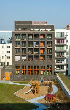 Stefan Forster Architekten   Viviendas Gemeinde   Frankfurt, Alemania   2012