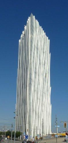 Barcelona, España. Una arquitectura differente del orto Edificios. Es interesante!
