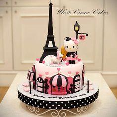 "Fofo demais! Bolo Hello Kitty Paris <span class=""emoji emoji1f497""></span> by @whitecremecakes <span class=""emoji emoji1f497""></span><span class=""emoji emoji1f497""></span> . #decorefesta #blogdecorefesta ..."