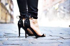 http://ajmissindependent.blogspot.com/2016/06/05062016-off-shoulder-top.html  #high #heels #sandals #classic #chic #outfit #shoes #black