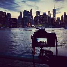 After so many months feels good behind this camera. Found enough motivation from New York. Citiscapes are so my thing. Gets my blood pumpin' #newyork #sunset #cityscape #travel #photography