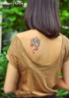 exquisite tribal flower tattoo design under the shoulder #flower #tattoo