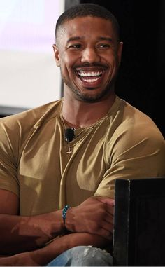 Michael B. Jordan from The Big Picture: Today's Hot Photos Big smile! The actor speaks onstage during the 2018 Essence Festival in New Orleans. Michael B Jordan Shirtless, Michael Bakari Jordan, Gorgeous Black Men, Beautiful Men, Cute Black Boys, Smiling Man, Marvel Actors, Fine Men, Hottest Photos