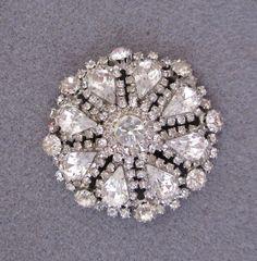 1950s Kramer Rhinestone Brooch Vintage Statement Brooch Pin Wedding Bridal Brooch Special Occasion Fashion Jewelry - JryenDesigns. $39.00, via Etsy.