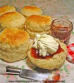 Tall and fluffy scones - dough should be 2cm high max #buttermilk #self raising flour