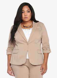 A classic blazer with a twist, this chic tan jacket has ruched 3/4 length sleeves, 3 faux front pockets and a single button closure. The breathable fabric has plenty of stretch and a sleek, polished look. Pairs perfectly with The Boot Pant (SKU 10158087) for a truly sophisticated suit.