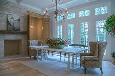29 Doe Run The Woodlands, TX 77380: Photo The spaciousness and openness of the downstairs main living areas offer an elegant yet relaxed lifestyle.