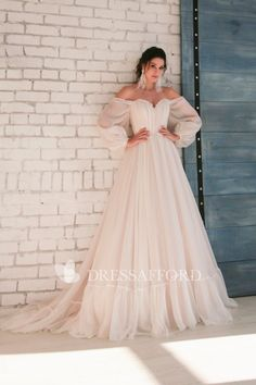 Off-shoulder Sleeves Sweetheart Elegant Chiffon Wedding Dress with Appliques. - - Off-shoulder Sleeves Sweetheart Elegant Chiffon Wedding Dress with Appliques – June Bridals Source by ghaedzadehshohreh Short Chiffon Wedding Dress, Boho Wedding Dress With Sleeves, Sweetheart Wedding Dress, Wedding Dresses Plus Size, Dream Wedding Dresses, Bridal Dresses, Lace Dress, Bridesmaid Dresses, Prom Dresses
