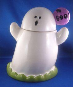 Ghost Saying Boo Halloween Cookie Jar. Ghost Cookies, Fall Cookies, Cute Cookies, Holiday Cookies, Halloween Mug, Halloween Cookies, Halloween Kitchen, Happy Halloween, Cookie Jars