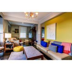 Yellow Walls Living Room Decor Interior Design Secrets That No One Else Knows About - Homegoodinspira Yellow Walls Living Room, Living Room Accents, Living Room Paint, Living Room Chairs, Home Living Room, Living Room Decor, Purple Bedroom Decor, Small Room Bedroom, Home Decor Trends
