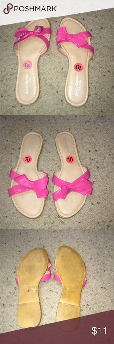 Pink bow sandals Pink bow sandals by Sotto Sopra, worn twice Sotto Sopra Shoes Sandals