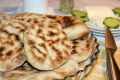Turtite simple Romanian Food, 30 Minute Meals, Favorite Recipes, Sweets, Bread, Cooking, Breakfast, Foods, Baking Center