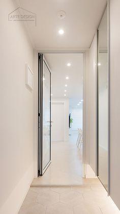 현관 바닥타일 & 신발장 스타일 (거울, 띄움시공) Decor, Furniture, Interior, House, Home Decor, Room, Mirror, Dressing Room
