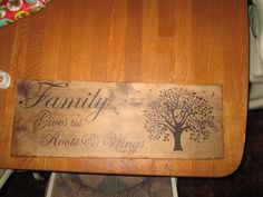 Family sign with tree