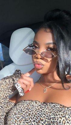black women's makeup in the Dearra Taylor, Sunglasses For Your Face Shape, Eyeliner, Black Girl Makeup, Star Wars, Cute Beauty, Black Girls Hairstyles, Unique Hairstyles, Beautiful Black Women