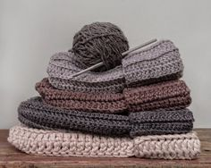 loved handmade: the ribbed beanie..a pattern                                                                                                                                                     More
