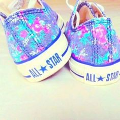 Style ♥ Converse All Star Converse All Star, Style Converse, Floral Converse, Cute Converse, Converse Shoes, Shoes Heels, Dress Shoes, Colored Converse, Floral Sneakers