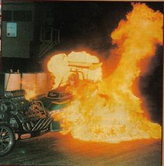 AA/FA roadster doing a fire burnout, Top Fuel Dragster, Nhra Drag Racing, Drag Bike, Vintage Race Car, Drag Cars, Indy Cars, Car Humor, Hot Cars, Autos