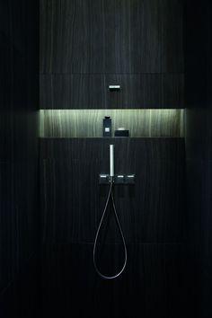 Indirect light in the master bathroom - great idea, but no black bathroom!