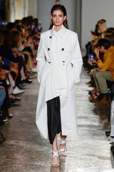 Albino Teodoro Spring 2018 Ready-to-Wear  Fashion Show Collection