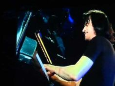 Yanni in Yerevan, Armenia playing Truth of Touch