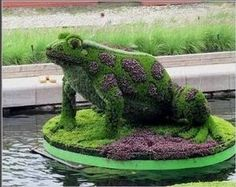 incredible-topiary-forg