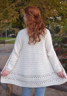 Ravelry: Angelica Cardigan pattern by Rachel Counts Could be good in Caron Soft angelica cardigan—free crochet pattern Meet the Angelica Cardigan—this comfy & stylish crochet pattern would be the perfect addition to your wardrobe! Gilet Crochet, Crochet Coat, Crochet Shawl, Crochet Clothes, Crochet Stitches, Crochet Hooks, Crochet Sweaters, Crochet Shrugs, Chunky Crochet