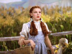 "The most memorable clothes in the history of cinema. Judy Garland, ""Il mago di Oz"", 1939"