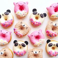 The world needs donuts! Take a look at these delicious and cute doughnuts! - Page 16 of 55 - slleee Mini Donuts, Cute Donuts, Fried Donuts, Doughnuts, Delicious Donuts, Yummy Food, Bolo Tumblr, Yummy Treats, Sweet Treats