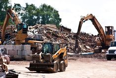 Many millions of tons of scrap is sitting unused in garages and basements, but taking that haul to the scrapyard to sell can be an intimidating process. We walk you through our own trip to sell some steel at a Detroit area scrapyard.